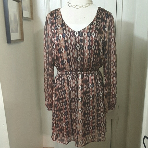 Forever 21 Dresses & Skirts - FOREVER 21 black peach blue print dress EXCELLENT